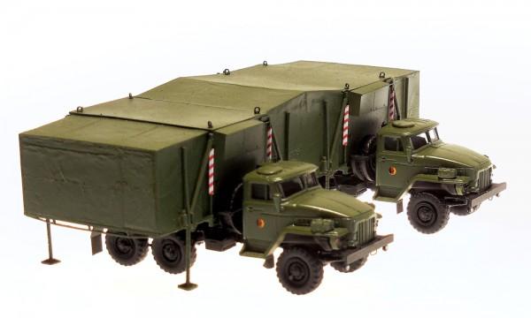 2 Ural mit Doppelfaltkoffer