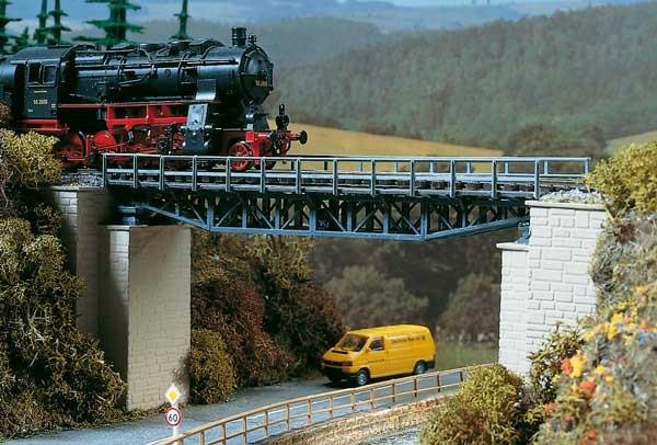 STAKO-Fachwerkbrücke 262/150/70mm