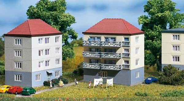 4 Wohnhäuser (N)