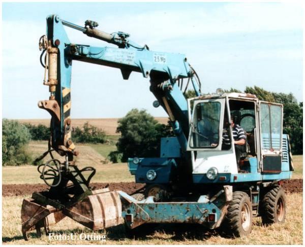 Bagger T185, blau/weiß mit Tieflöffel