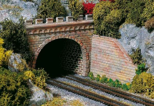 2 Tunnelportale zweigleisig (TT)