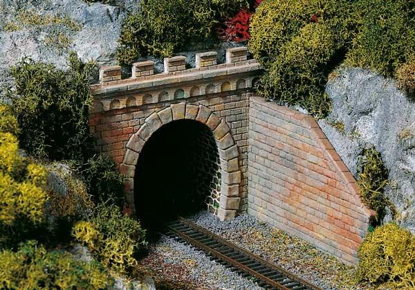 2 Tunnelportale eingleisig (TT)
